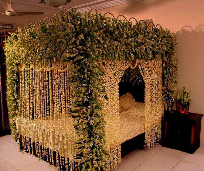 Honeymoon night bedroom decoration bedroom decorating ideas for honeymoon night bedroom decoration bedroom decorating ideas for wedding night decorate my house junglespirit Image collections